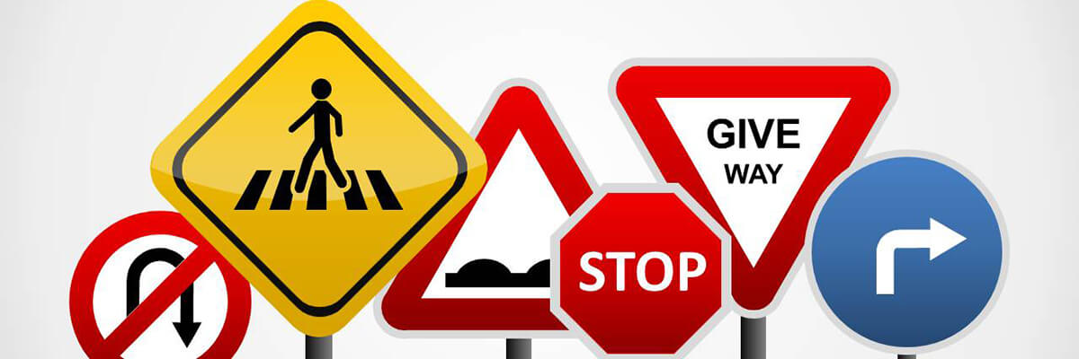 العلامات المرورية تتسبب في الرسوب أثناء اختبارات قيادة السيارات