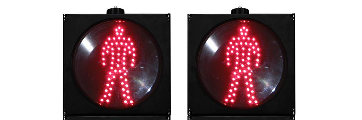 مخالفة 108 ليرة تركي بسبب مرور المشاة والاشارة حمراء